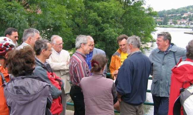 Rencontres et discussion à Pont à Mousson